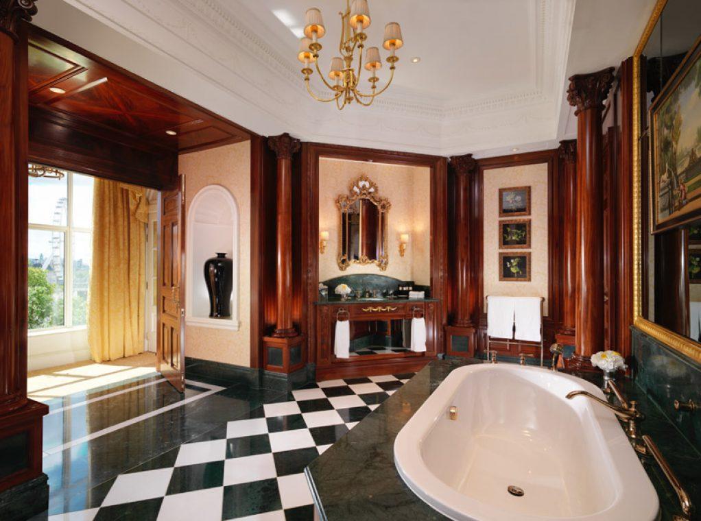 Ванная The Royal Suite
